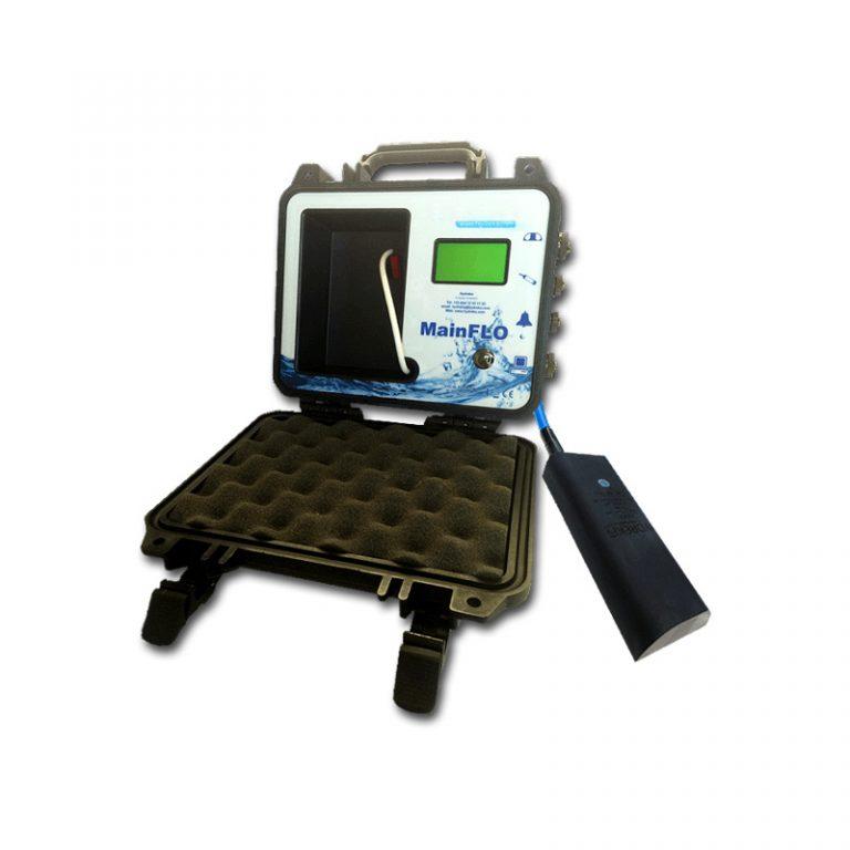 Caudalímetro portátil com registo de dados para canalizações em lâmina livre